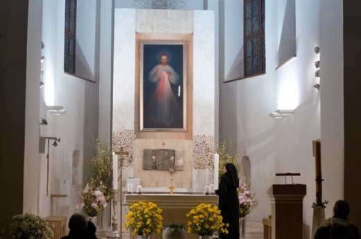 Ksiądz wyrzucił polskich turystów z Sanktuarium Miłosierdzia Bożego, bo nie byli pielgrzymami?