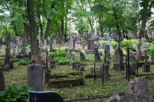 Zapłać za grób, inaczej szczątki twoich bliskich okażą się w mogile zbiorowej