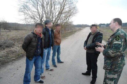 Coraz więcej Polaków trafia za kratki za przemyt obcokrajowców