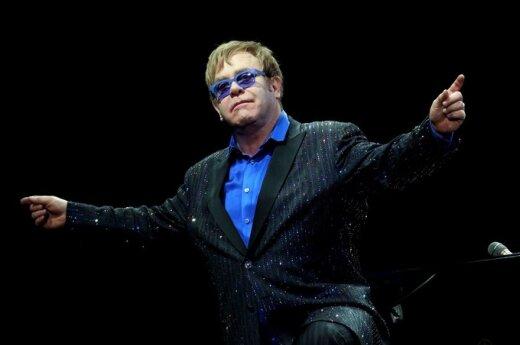 Nowa płyta Eltona Johna po wakacjach