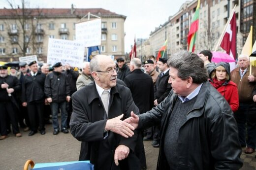 Narkiewicz: Część polityków chce odciągnąć Litwę od standardów europejskich
