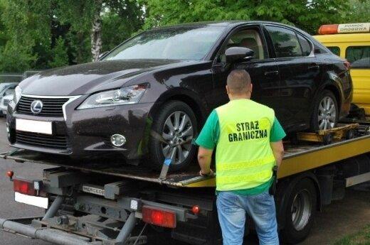 Kradziony Lexus. Foto: strazgraniczna.pl