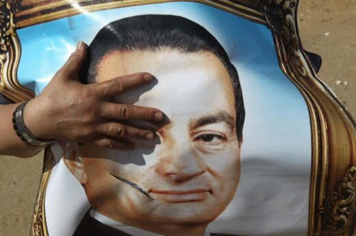 Egipt: Pogłoski o śmierci Mubaraka i protesty na Placu Wyzwolenia