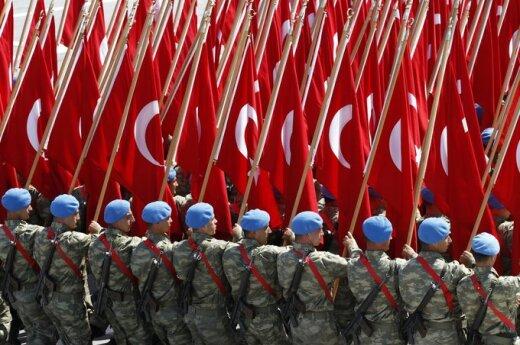 Maciążek: Tureckie plany geopolityczne uderzają w Rosję